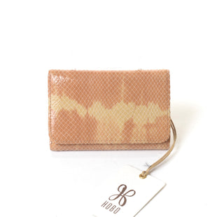 Primary Photo - BRAND: HOBO INTL STYLE: WALLET COLOR: TAN SIZE: SMALL SKU: 293-29344-1758