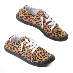 Primary Photo - BRAND:    CLOTHES MENTOR STYLE: SHOES FLATS COLOR: LEOPARD PRINT SIZE: 5 OTHER INFO: MATA - SKU: 293-29311-29525