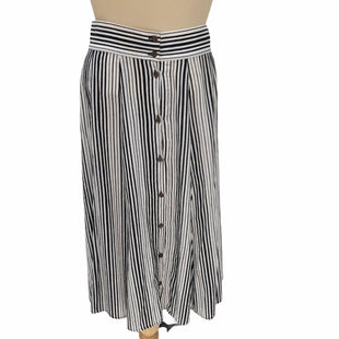 Primary Photo - BRAND: UNIVERSAL THREAD STYLE: SKIRT COLOR: WHITE BLACK SIZE: S OTHER INFO: STRIPED SKU: 293-29312-26070