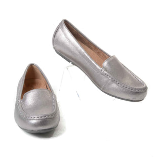 Primary Photo - BRAND: VIONIC STYLE: SHOES FLATS COLOR: SILVER SIZE: 6.5 SKU: 293-29344-2165