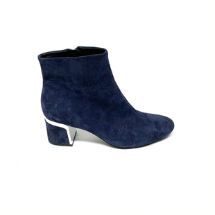 Primary Photo - BRAND: DKNY STYLE: BOOTS ANKLE COLOR: NAVY SIZE: 9 SKU: 293-29312-33087