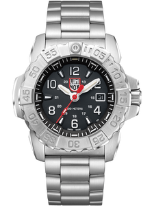 Luminox Stainless Steel Divers/Sapphire Crystal Watch