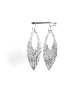 Oropopo Chevron Earrings - Silver