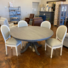Load image into Gallery viewer, Bramble 5' Round Farmhouse Dining Table