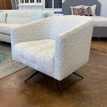 Load image into Gallery viewer, Rowe Pate Swivel Chair