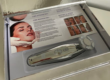 Load image into Gallery viewer, Time Master Pro LED with Promoter Collagen Gel and  free Halylo Sonic Brush
