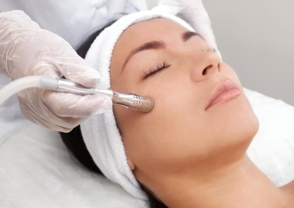 Express Microdermabrasion Facial - Beauty Bar Therapy