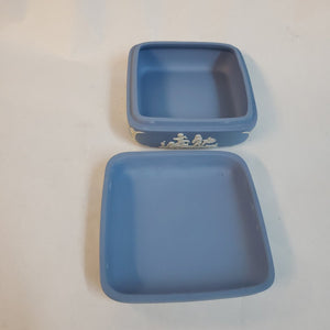wedgwood blue jasperware box