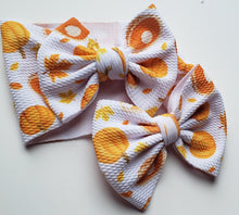 Load image into Gallery viewer, Pumpkin and Pies Shylyn Bow -SALE