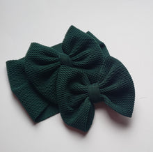 Load image into Gallery viewer, Solid Hunter Green Headwraps