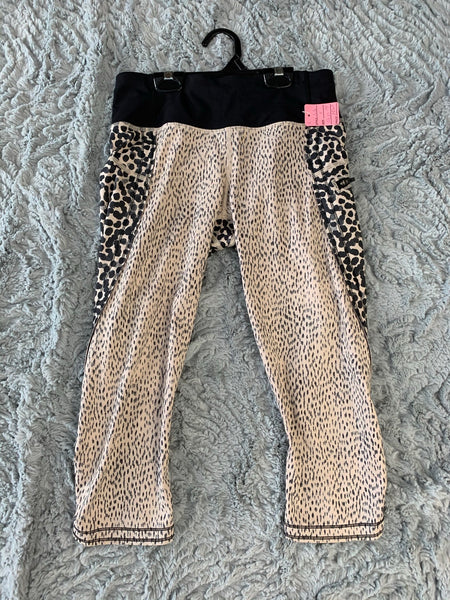 Ladies Lululemon Capris Size 4