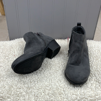 Ladies Style &co Boot Size 6.5