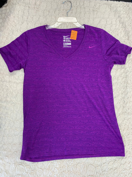 Ladies Nike Tee Size L