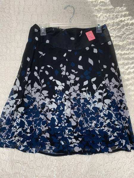 Ladies Reitmans Skirt Size 5