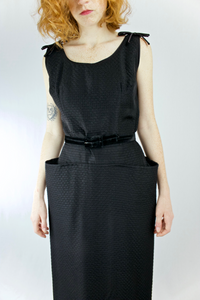 1950s Black Sleeveless Textured Wiggler Dress   w25""