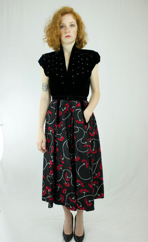 40s/50s Black Velvet,Rhinestone and Taffeta Cocktail Dress   w26