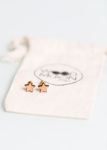 Eco Star Studs in Light Wood
