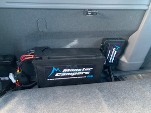 MONSTER CAMPERS ULTIMATE DUAL CAB BATTERY SYSTEM (126AH LITHIUM + REDARC 50A BCDC)