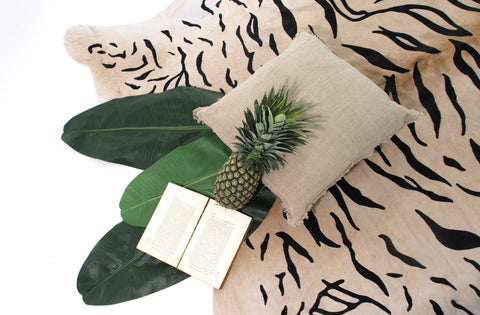 Premium Printed Cowhide - White Tiger