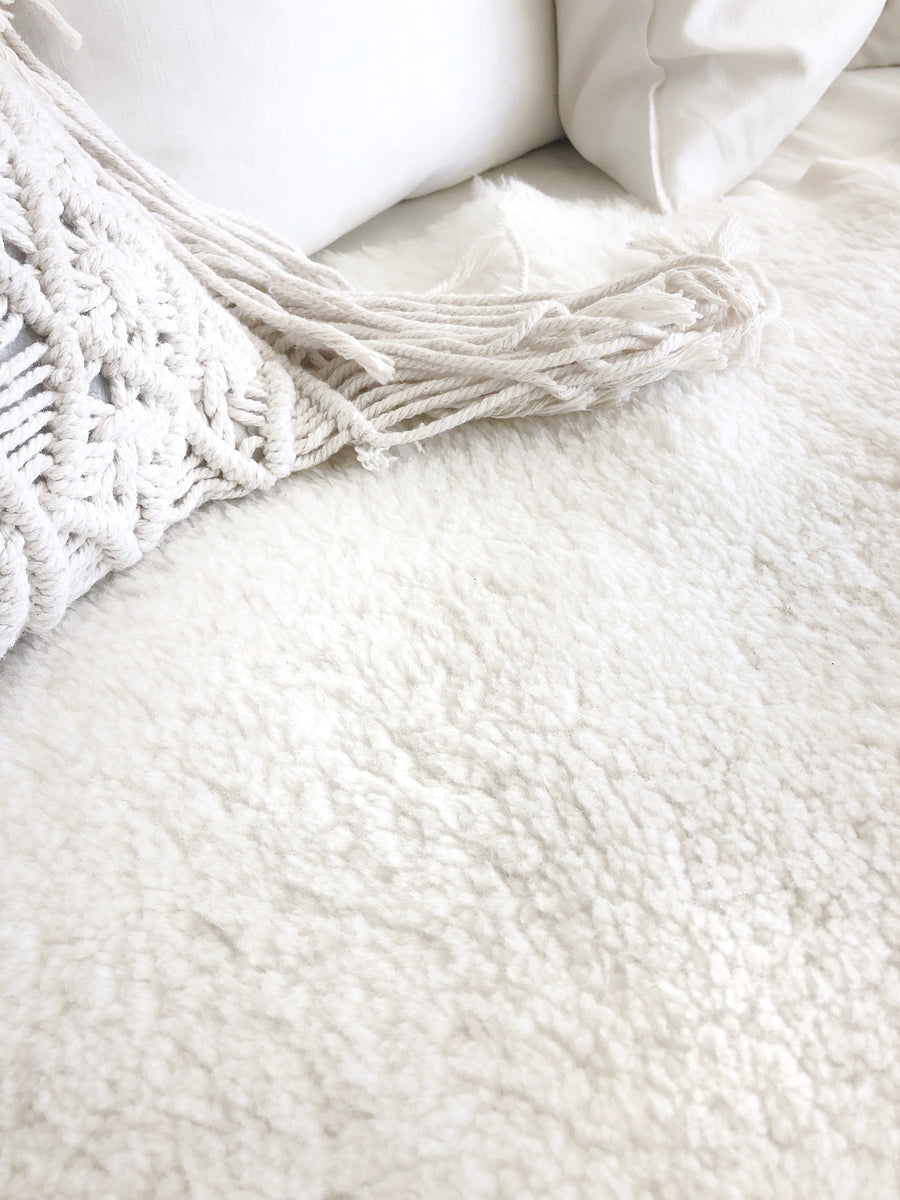 Single Face Shorn Sheepskin Throw Liner - Ivory