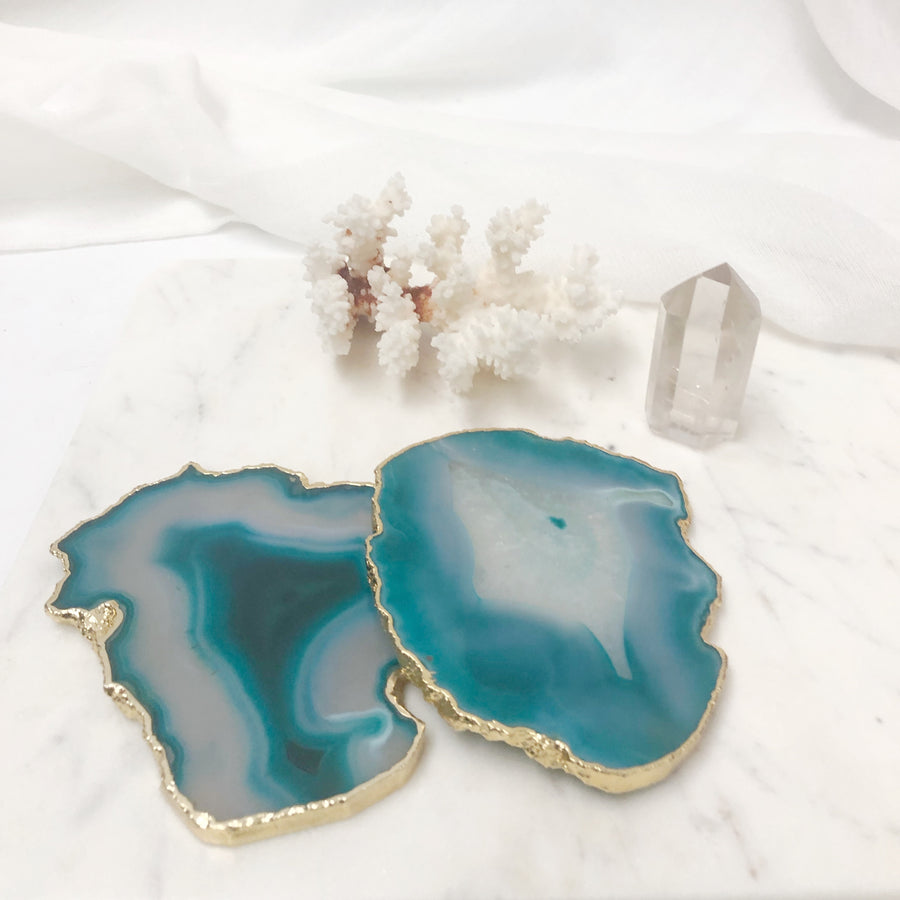The Entertainer Luxe: Marble Platter & Agate Coasters, Crystal & Coral Gift Set