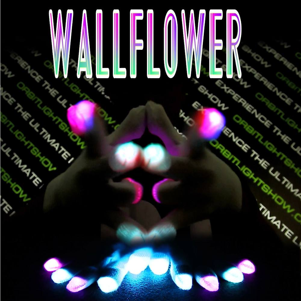 Wallflower Glove Set