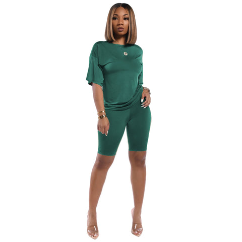 Heysweeta Women t-shirts and Knee Length Shorts Outfit