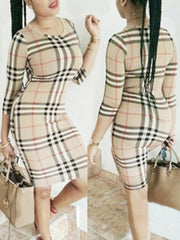 Round Neck Three Quarter Sleeves Plaids Midi Dress