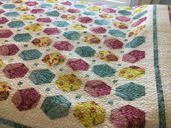 Quiltology Twin Quilt - Gift for Her