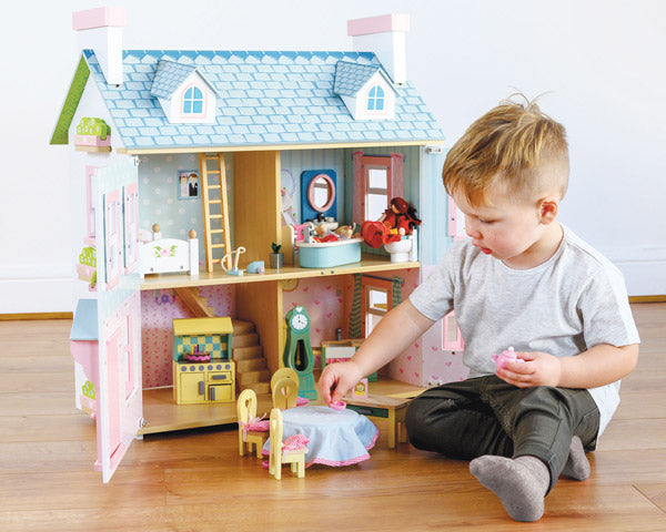 boys dolls house