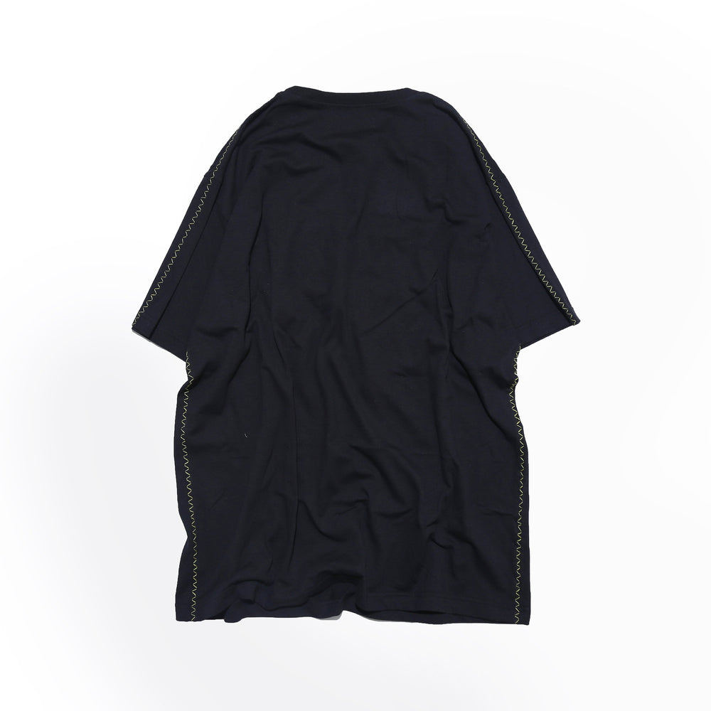 FONDNESS BLACK - SHORTSLEEVE T-SHIRT