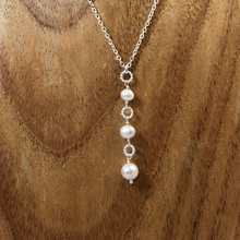 Load image into Gallery viewer, Pearl Drop Necklace