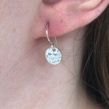 Load image into Gallery viewer, Glimmer Disc Earrings