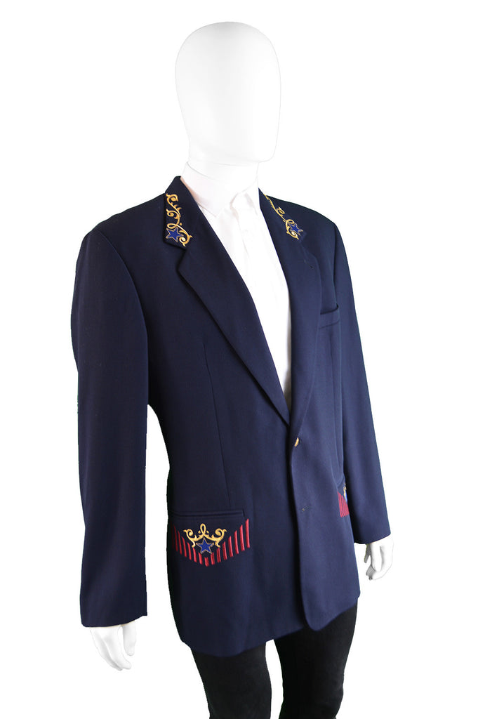 Classic navy blue vintage blazer by Italian designer - Byblos from the 1980s.