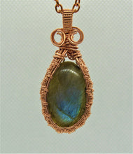 Load image into Gallery viewer, #138 Labradorite