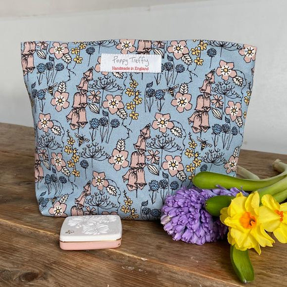 Poppy Treffry Wash Bag - Wildflowers on Blue