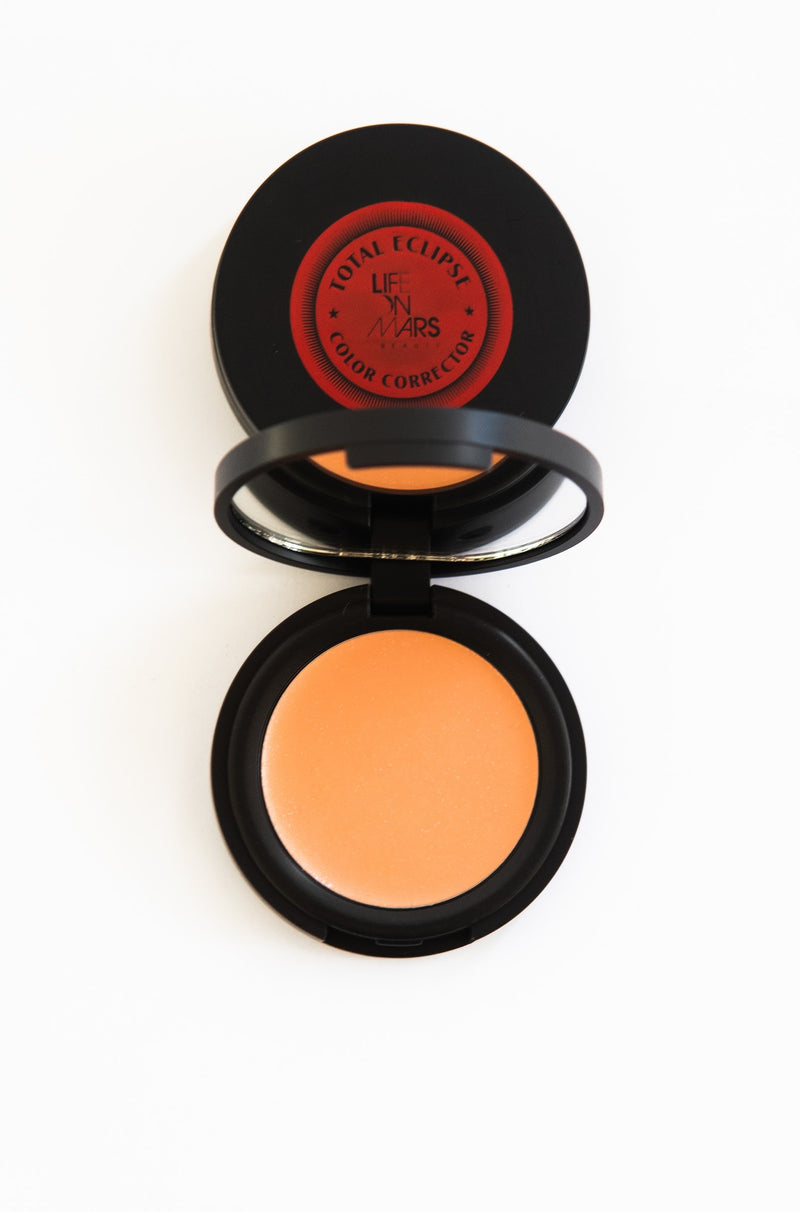 Total Eclipse Color Corrector PEACHES