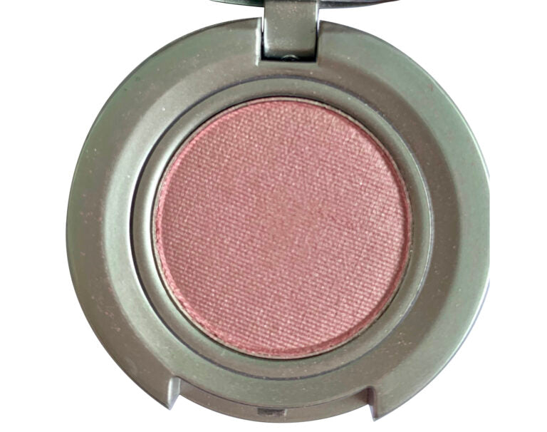 Catrice – Satin Pink Mineral Eye Shadow