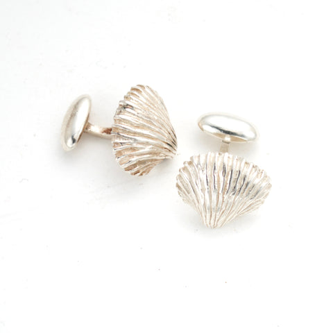 Lovely beachy Sterling  silver seashell cufflinks.Artist anna biggs, Delaware.Great Father's Day present