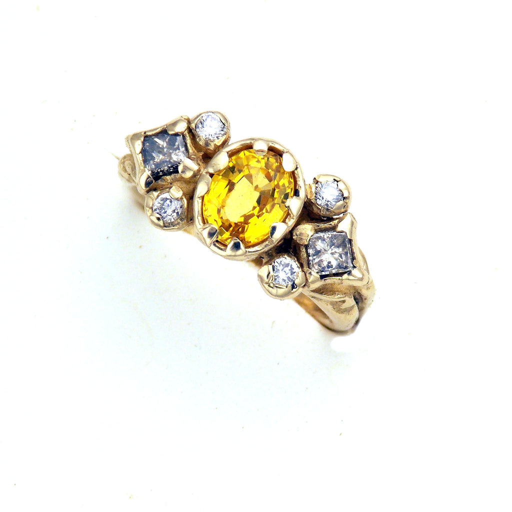 in gold sapphire with earrings sapphires stud yellow