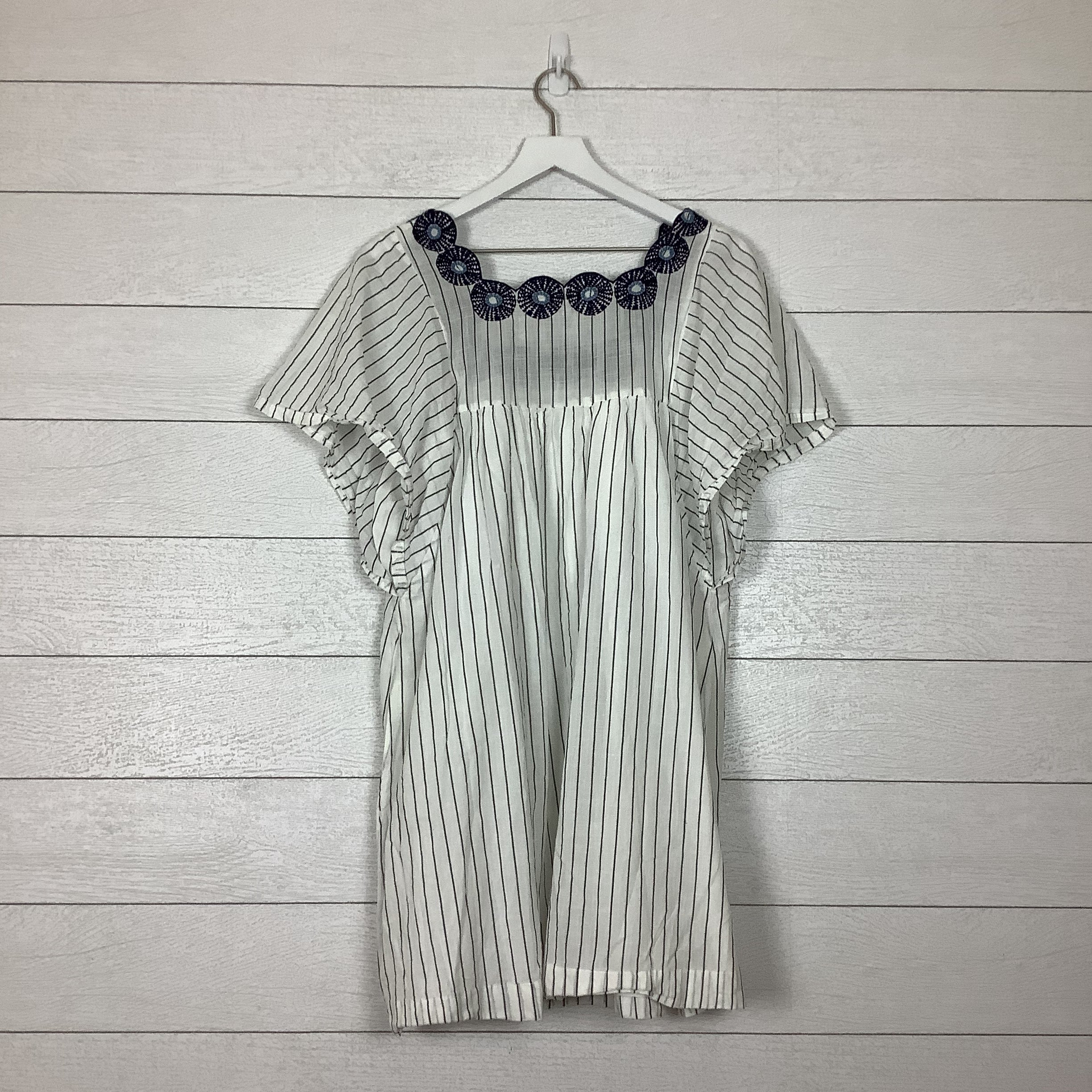 Photo #1 - BRAND: MADEWELL <BR>STYLE: DRESS SHORT SHORT SLEEVE <BR>COLOR: WHITE BLUE <BR>SIZE: L <BR>SKU: 208-208114-40600