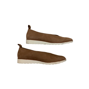 Primary Photo - BRAND: EILEEN FISHER STYLE: SHOES FLATS COLOR: TAN SIZE: 9 OTHER INFO: AS IS SKU: 208-208165-338