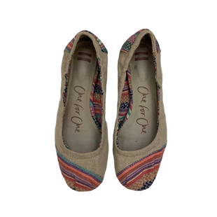 Primary Photo - BRAND: TOMS STYLE: SHOES FLATS COLOR: MULTI SIZE: 6.5 OTHER INFO: AS IS SKU: 208-208135-8884