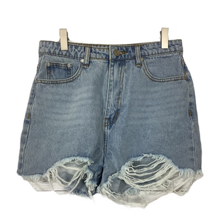 Primary Photo - BRAND:    CLOTHES MENTOR STYLE: SHORTS COLOR: DENIM SIZE: 2 OTHER INFO: MISS GUIDED - SKU: 208-208114-39126