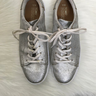 Primary Photo - BRAND: TOMS STYLE: SHOES ATHLETIC COLOR: SILVER SIZE: 10 OTHER INFO: AS IS SKU: 208-208113-29242