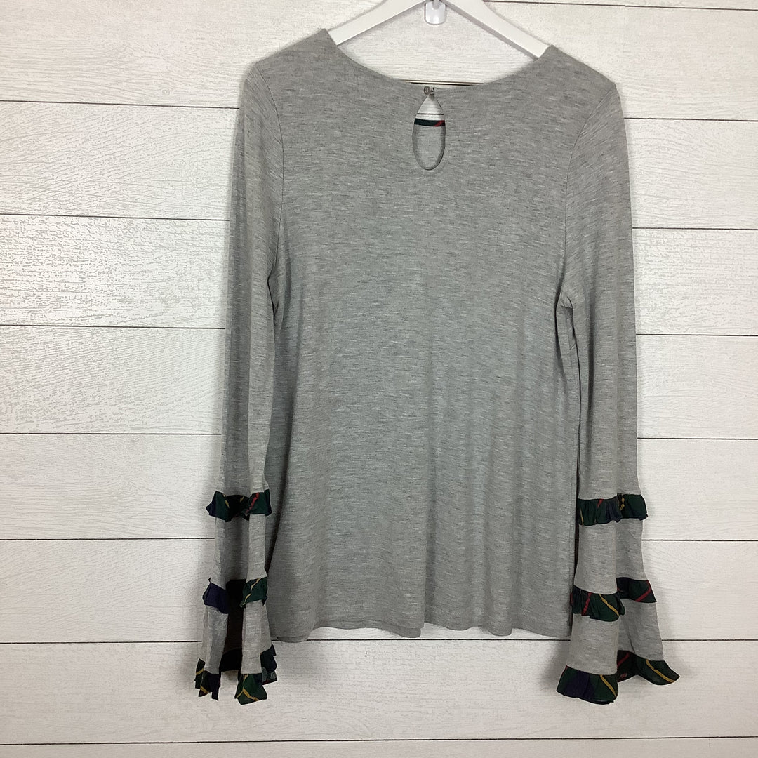 Photo #1 - BRAND: CROWN AND IVY <BR>STYLE: TOP LONG SLEEVE <BR>COLOR: GREY <BR>SIZE: L <BR>SKU: 208-208114-41376