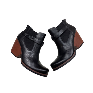 Primary Photo - BRAND: KORKS STYLE: BOOTS ANKLE COLOR: BLACK SIZE: 9.5 SKU: 208-208142-12737
