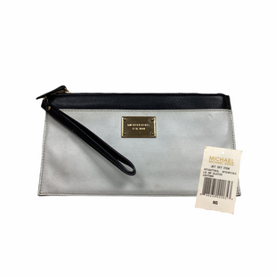 Primary Photo - BRAND: MICHAEL KORS STYLE: WRISTLET COLOR: BLACK WHITE OTHER INFO: AS IS - WEAR SKU: 208-208142-9350