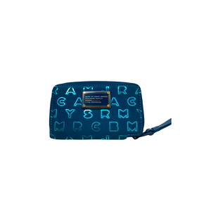 Primary Photo - BRAND: MARC BY MARC JACOBS STYLE: WRISTLET COLOR: TEAL SKU: 208-208114-40376