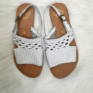 Primary Photo - BRAND: ECOTE STYLE: SANDALS FLAT COLOR: WHITE SIZE: 6 SKU: 208-208114-34728AS IS